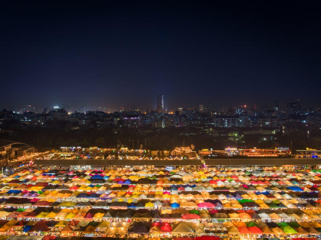 Hochzeitsfotografie berlin immobilienfotografen-berlin bangkok thailand rachada night market