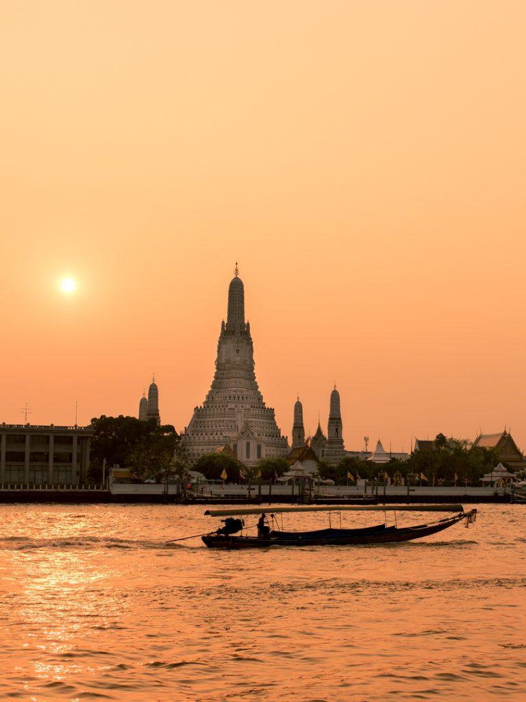 trumpp-exposures Hochzeitsfotografie Berlin Bangkok Wat Arun thailand